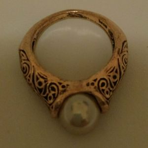 New Pearl Ring
